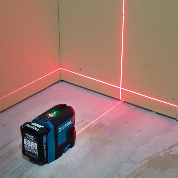 Máy cân mực Laser tia đỏ Makita SK105DZ ( Chưa Pin & Sạc)