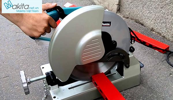 máy cắt sắt lưỡi hợp kim